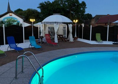Pool abends -4